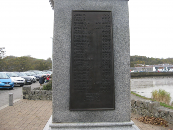 Pwllheli War Memorial (c) WAW[HD]