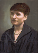 Coloured photograph of Elizabeth Davies